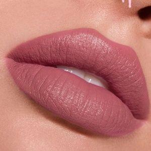 Kylie Cosmetics Makeup - Kylie Velvet Lip Kit